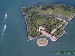 Италия построит отель на самом страшном острове Повелье