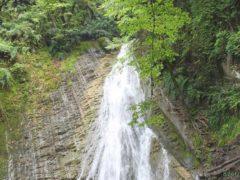 Водопад 7 красавиц Габала