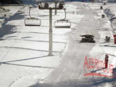 Курорт Туфандаг использует искусственный снег