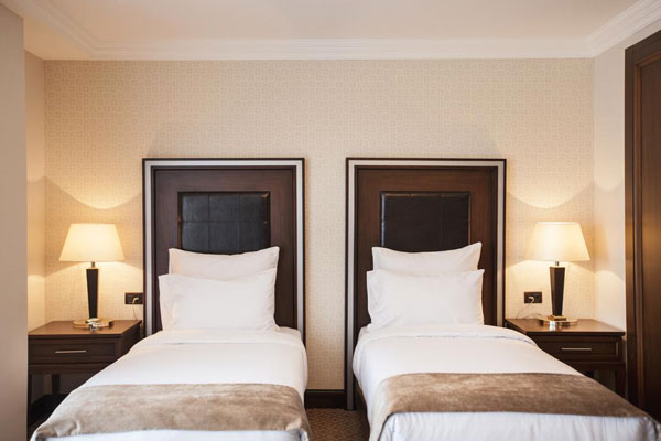 Chinar Hotel iki nəfərlok