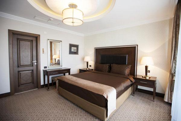 Chinar Hotel yataq otaği