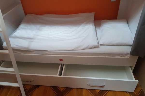Karvansaray-hotel-çarpayilar