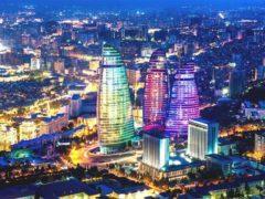 Джульет Рикс опубликовал статью про Баку