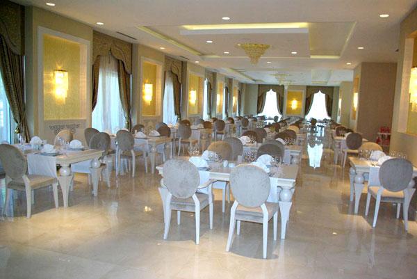 Ресторан отеля Qafqaz Riverside Hotel