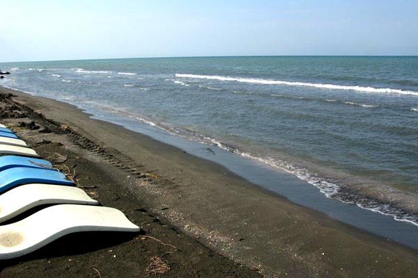 Пляж в зоне отдыха Лотос
