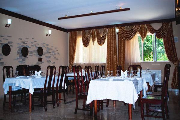 Ресторан комплекса Cənnət Bagı Quba