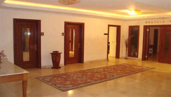 Ресепшн отеля Atropat Hotel