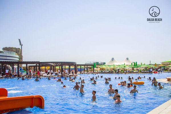 Бассейн Dalga Beach Aquapark Resort