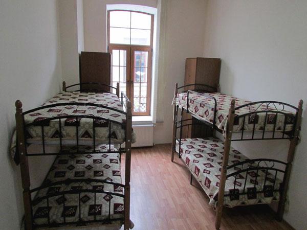 Кровати хостела