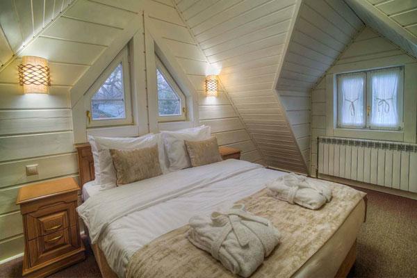 Комната-отеля-в-Набрани