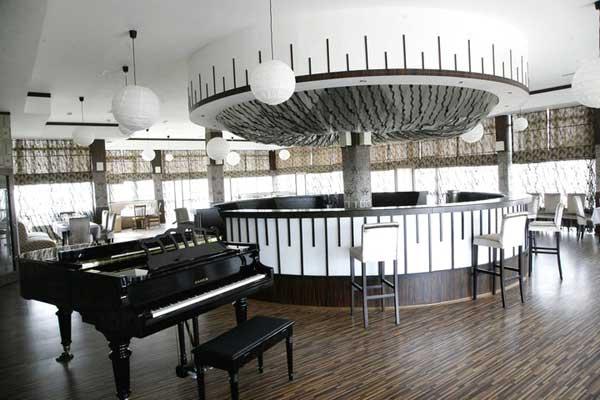 Ресторан отеля Novkhani Olympic Hotel