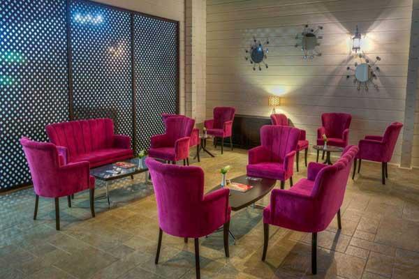 Ресторан-отеля-River-Inn-Boutique-Hotel