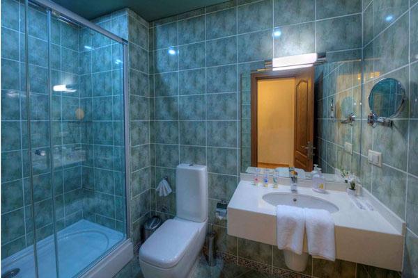 Ванная-комната-в-Набрани