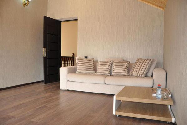 Гостиная зоны отдыха в Гусарах