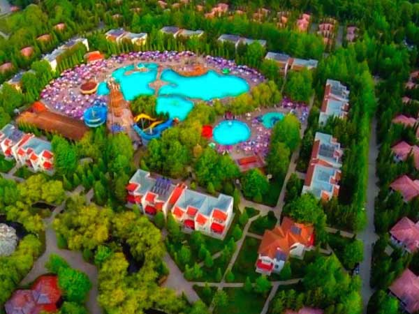 Комплекс в Набране Atlant Holiday Village