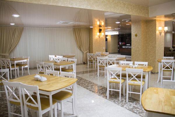 Ресторан отеля Continent Hotel Baku