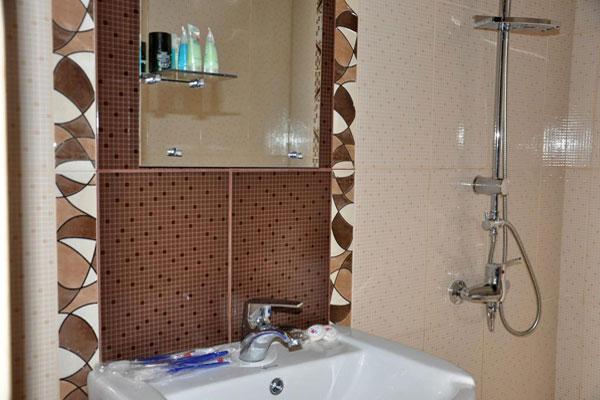 Ванная комната зоны отдыха в Гусарах