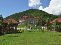 Kungut Hotel & Resort
