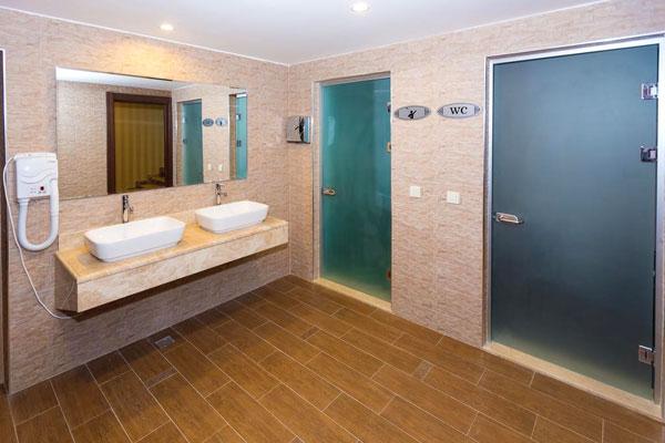 Лечебные ванны отеля в Баку