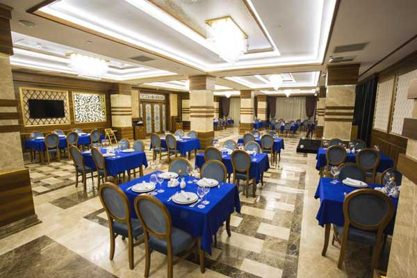 Ресторан отеля Renaissance Palace Baku