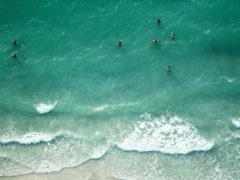 Цены на пляжах Баку стремительно растут